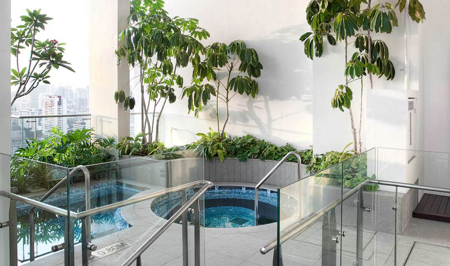 The Clift Jacuzzi Pool on the 31st Floor